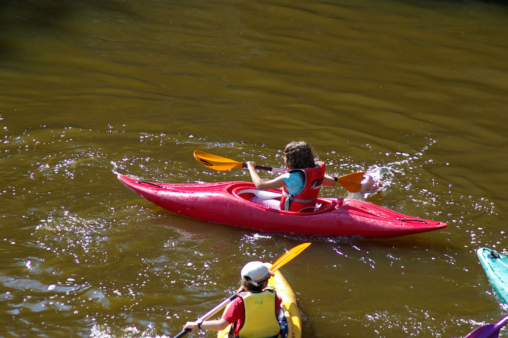 photoblog image Canoeing on the river Erdre 3/4.